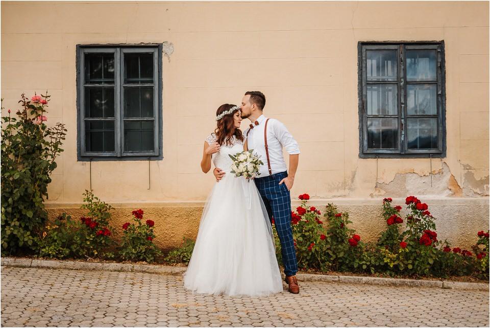 poroka novo mesto dolenjska wedding elopement photographer vintage wedding fotograf porocni fotograf gostisce loka nika grega rustikalna poroka 0078.jpg