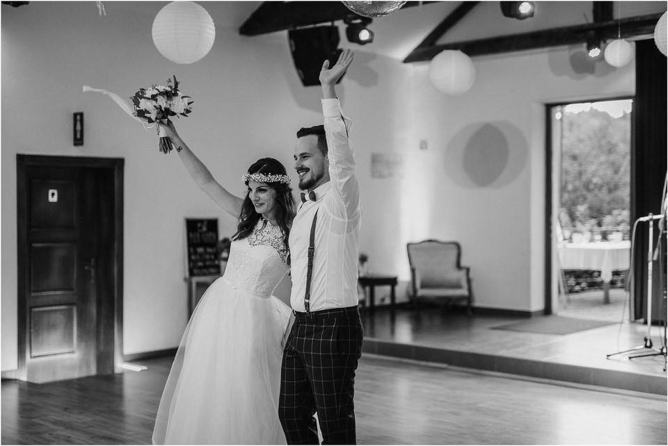 poroka novo mesto dolenjska wedding elopement photographer vintage wedding fotograf porocni fotograf gostisce loka nika grega rustikalna poroka 0131.jpg