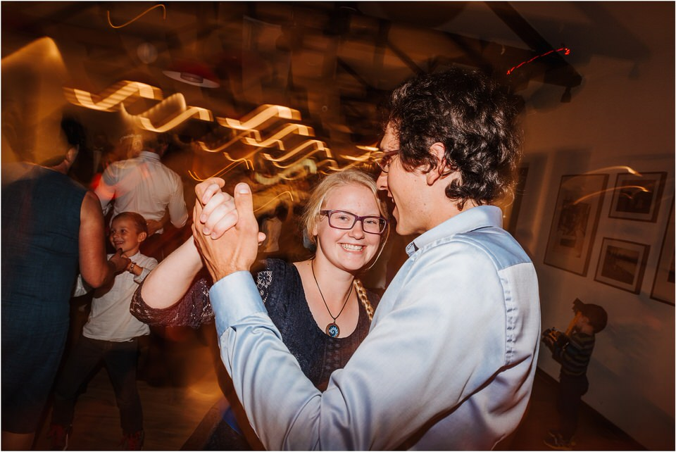 poroka novo mesto dolenjska wedding elopement photographer vintage wedding fotograf porocni fotograf gostisce loka nika grega rustikalna poroka 0137.jpg