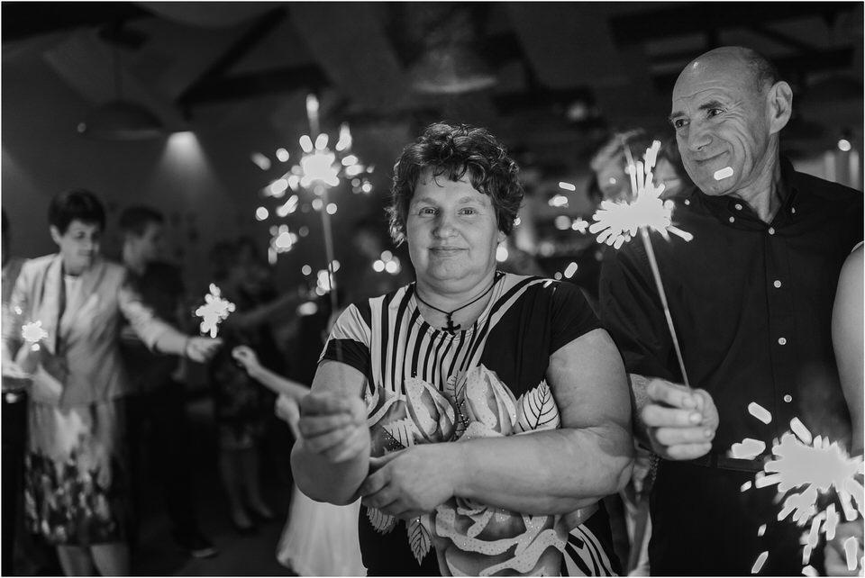 poroka novo mesto dolenjska wedding elopement photographer vintage wedding fotograf porocni fotograf gostisce loka nika grega rustikalna poroka 0147.jpg