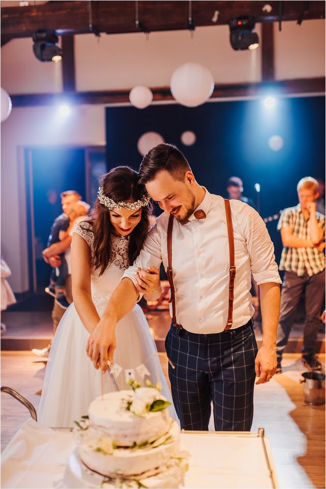 poroka novo mesto dolenjska wedding elopement photographer vintage wedding fotograf porocni fotograf gostisce loka nika grega rustikalna poroka 0149.jpg