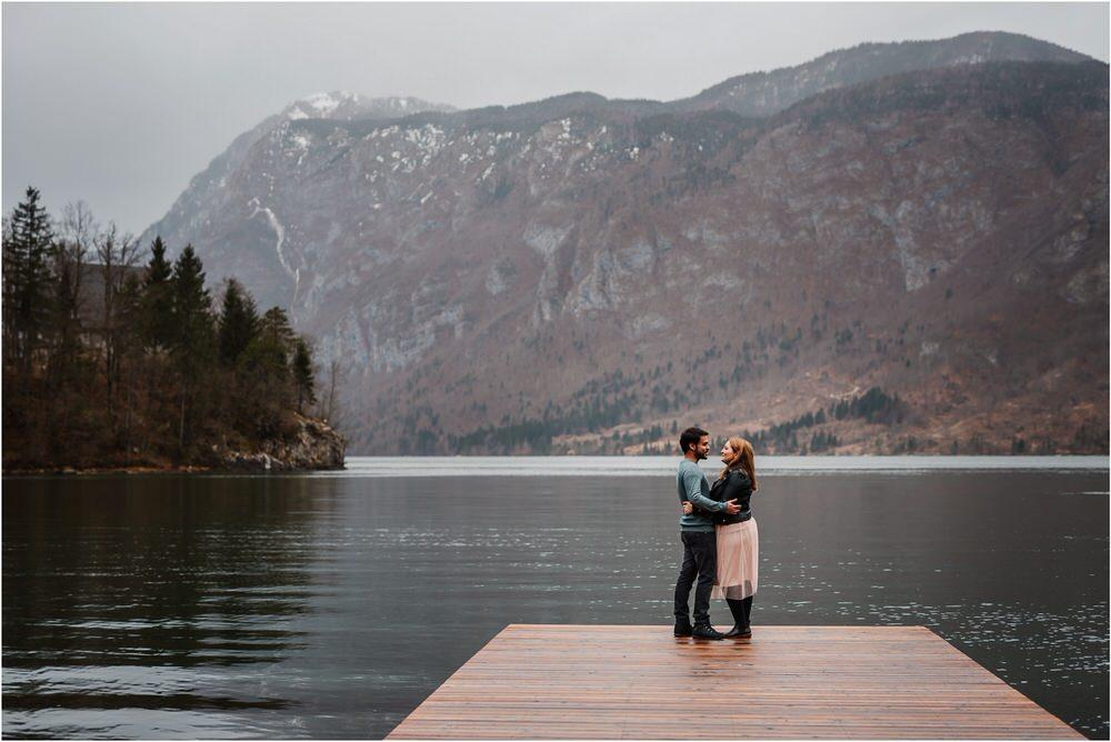 lake bohinj engagement photographer slovenia zaroka bohinjsko jezero fotografiranje bohinj slovenija naravno timeless 0003.jpg