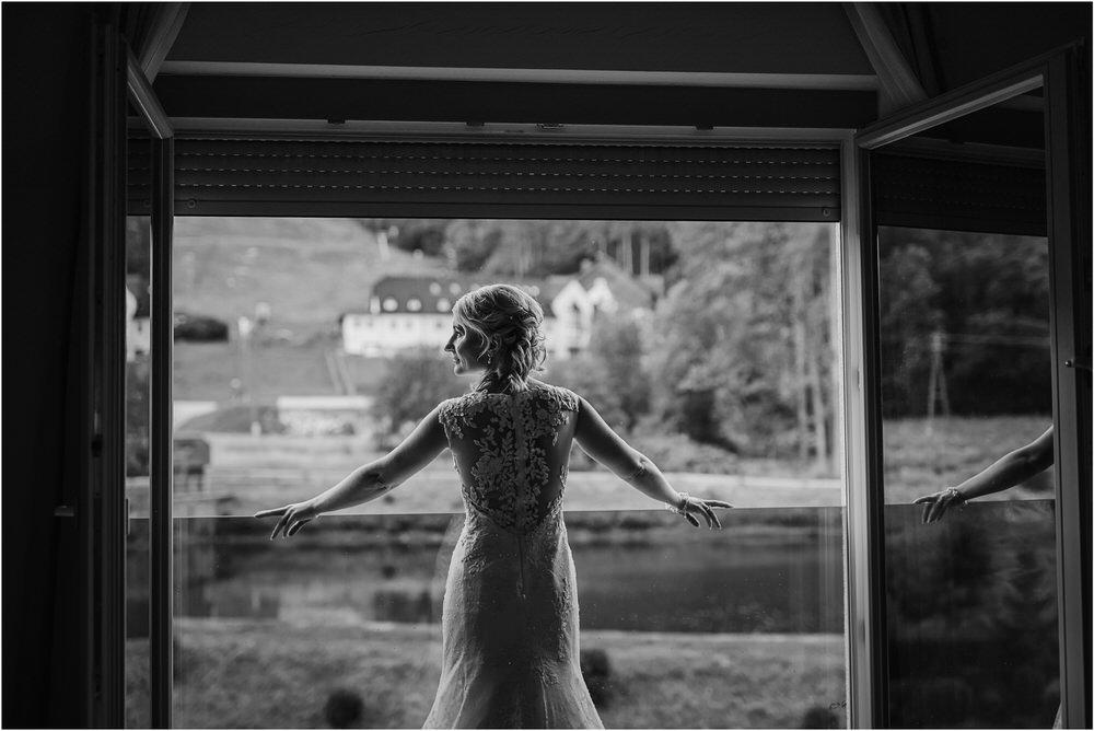 slovenia maribor wedding goriska brda poroka porocni fotograf slovenija porocno fotografiranje maribor ljubljana zemono svicarija 0022.jpg