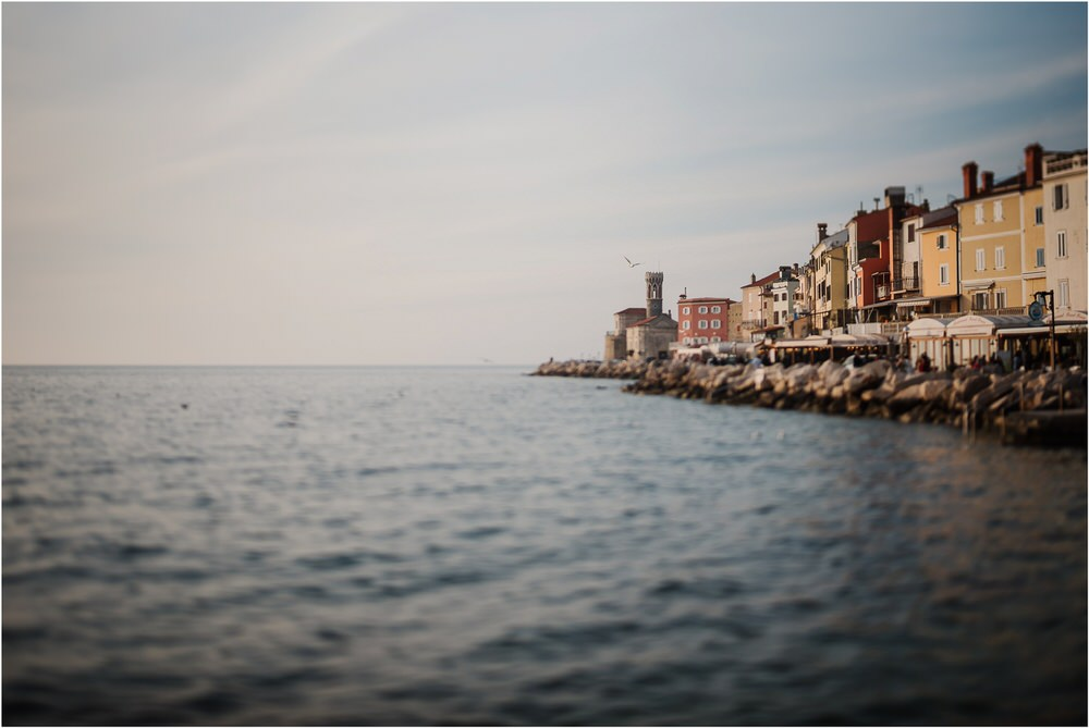 piran slovenia engagement phtoographer session photography slovenia seaside beach wedding elopement 0020.jpg