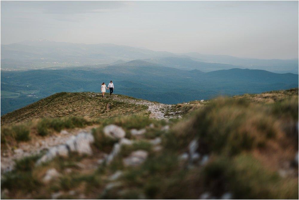 nanos slovenia mountain engagement poroka zaroka zarocno fotografiranje boho wedding chic nika grega slovenia slovenija 0040.jpg