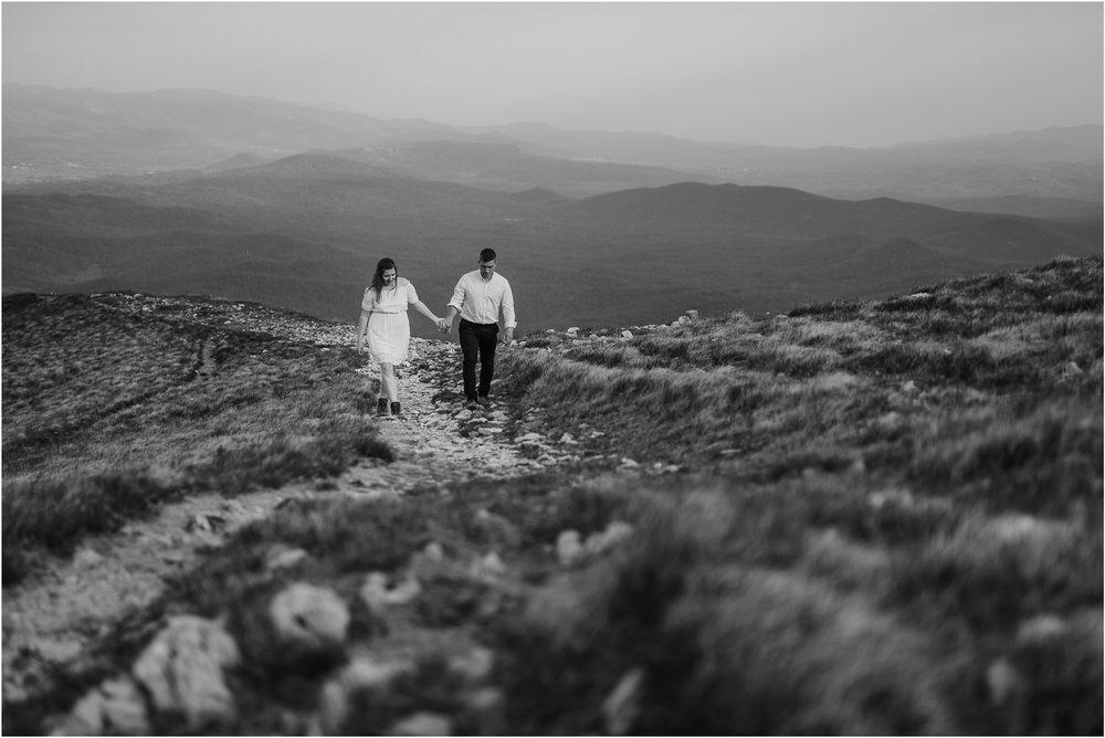 nanos slovenia mountain engagement poroka zaroka zarocno fotografiranje boho wedding chic nika grega slovenia slovenija 0041.jpg