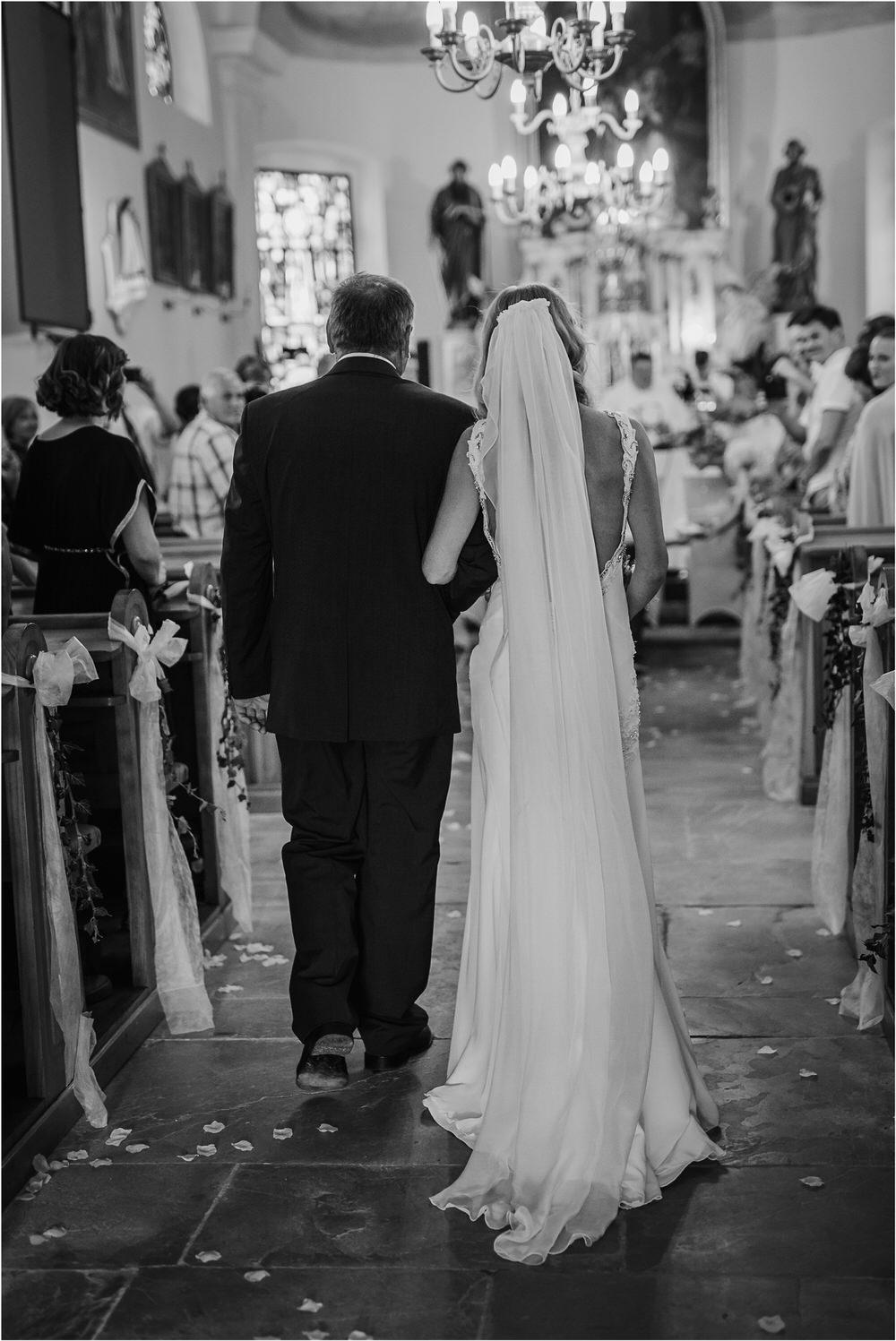 tri lucke slovenija krsko posavje poroka porocni fotograf fotografiranje elegantna poroka vinograd classy elegant wedding slovenia 0019.jpg
