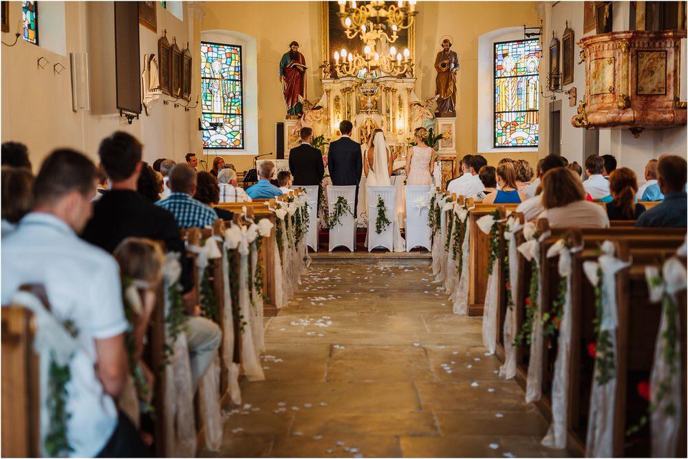 tri lucke slovenija krsko posavje poroka porocni fotograf fotografiranje elegantna poroka vinograd classy elegant wedding slovenia 0021.jpg