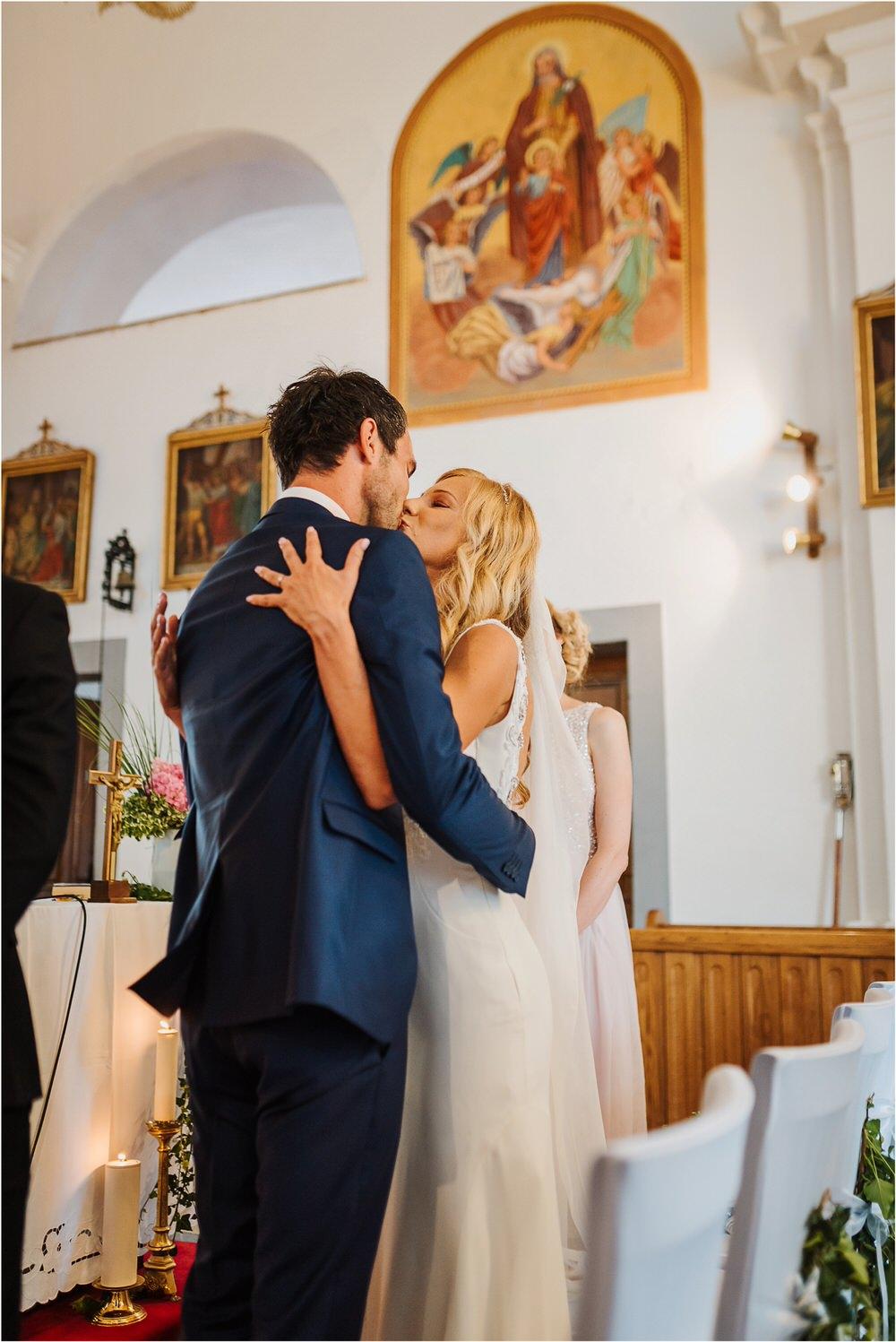 tri lucke slovenija krsko posavje poroka porocni fotograf fotografiranje elegantna poroka vinograd classy elegant wedding slovenia 0024.jpg