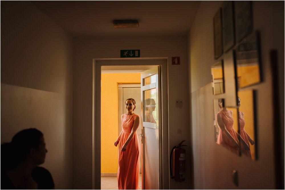 zicka kartuzija poroka porocni fotograf fotografija luka in ben loce elegantna poroka slovenski porocni fotograf  0012.jpg