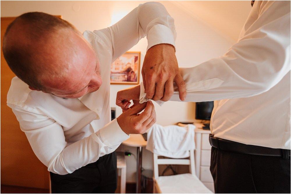 zicka kartuzija poroka porocni fotograf fotografija luka in ben loce elegantna poroka slovenski porocni fotograf  0022.jpg