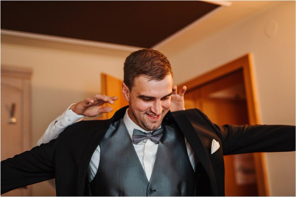 zicka kartuzija poroka porocni fotograf fotografija luka in ben loce elegantna poroka slovenski porocni fotograf  0023.jpg
