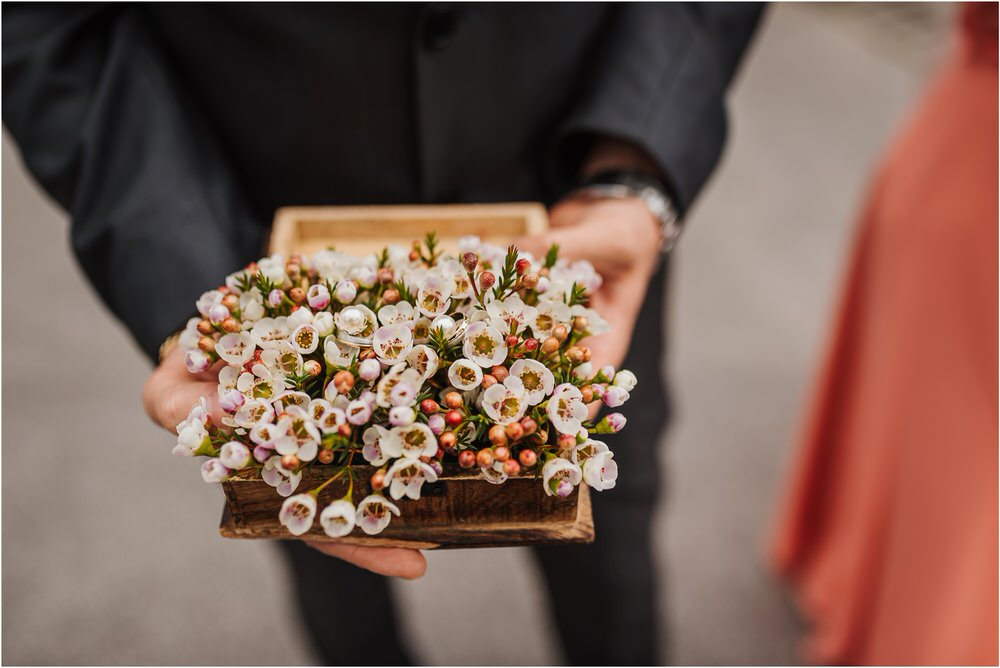 zicka kartuzija poroka porocni fotograf fotografija luka in ben loce elegantna poroka slovenski porocni fotograf  0033.jpg