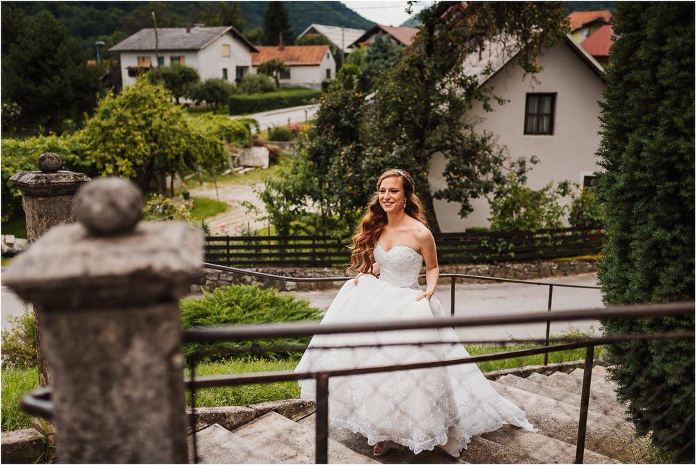 zicka kartuzija poroka porocni fotograf fotografija luka in ben loce elegantna poroka slovenski porocni fotograf  0034.jpg