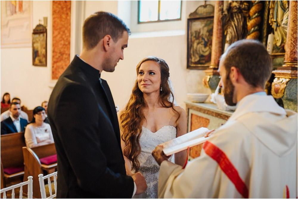 zicka kartuzija poroka porocni fotograf fotografija luka in ben loce elegantna poroka slovenski porocni fotograf  0038.jpg