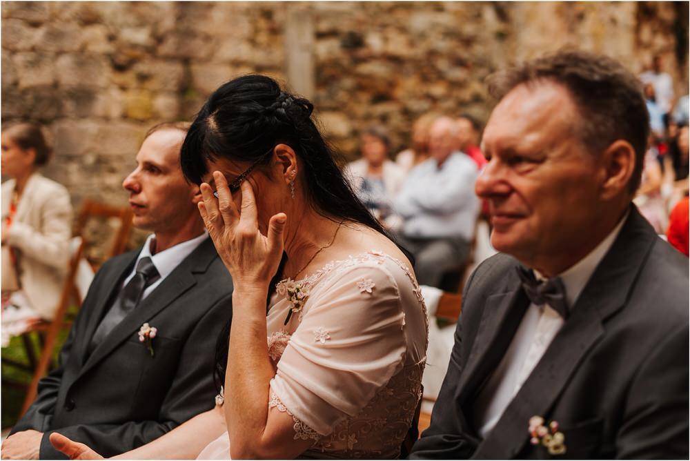 zicka kartuzija poroka porocni fotograf fotografija luka in ben loce elegantna poroka slovenski porocni fotograf  0057.jpg