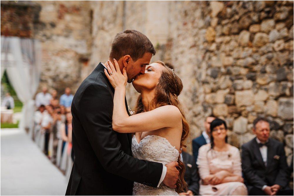 zicka kartuzija poroka porocni fotograf fotografija luka in ben loce elegantna poroka slovenski porocni fotograf  0062.jpg