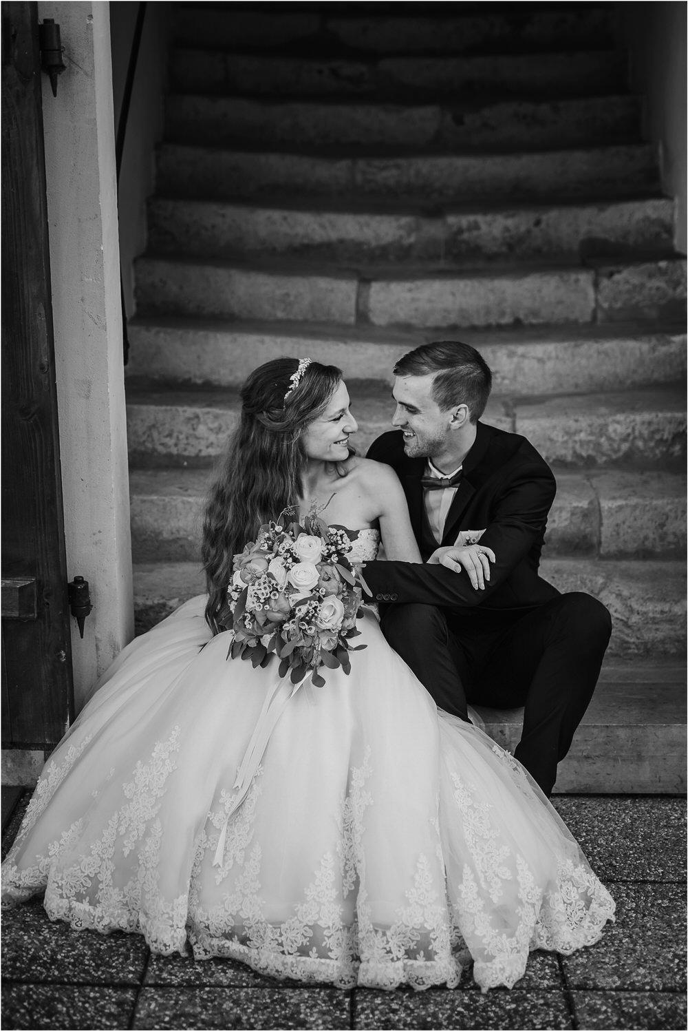 zicka kartuzija poroka porocni fotograf fotografija luka in ben loce elegantna poroka slovenski porocni fotograf  0071.jpg