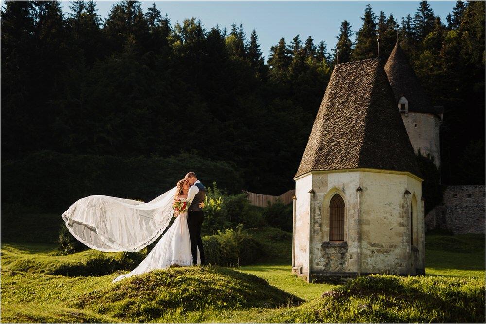 zicka kartuzija poroka porocni fotograf fotografija luka in ben loce elegantna poroka slovenski porocni fotograf  0077.jpg
