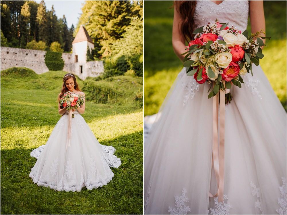 zicka kartuzija poroka porocni fotograf fotografija luka in ben loce elegantna poroka slovenski porocni fotograf  0091.jpg