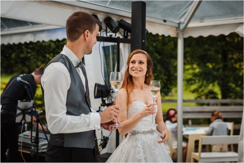 zicka kartuzija poroka porocni fotograf fotografija luka in ben loce elegantna poroka slovenski porocni fotograf  0104.jpg