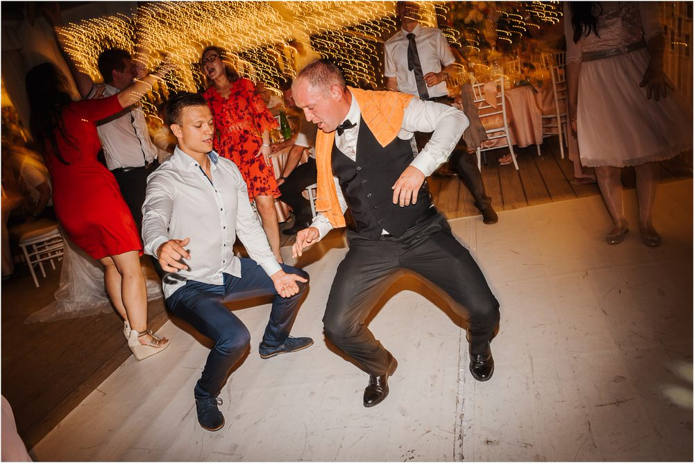 zicka kartuzija poroka porocni fotograf fotografija luka in ben loce elegantna poroka slovenski porocni fotograf  0117.jpg