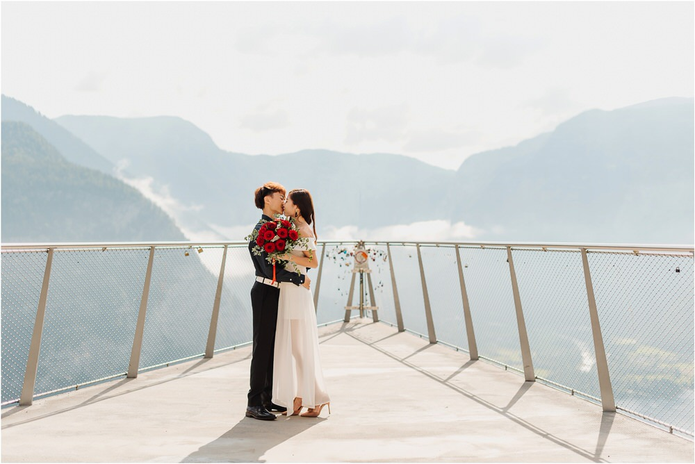 hallstatt austria wedding engagement photographer asian proposal surprise photography recommended nature professional 0067.jpg