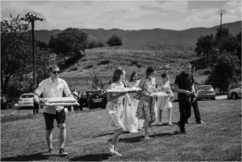 goriska brda poroka fotgorafija fotograf fotografiranje porocno kras primorska obala romanticna boho poroka rustikalna nika grega 0024.jpg