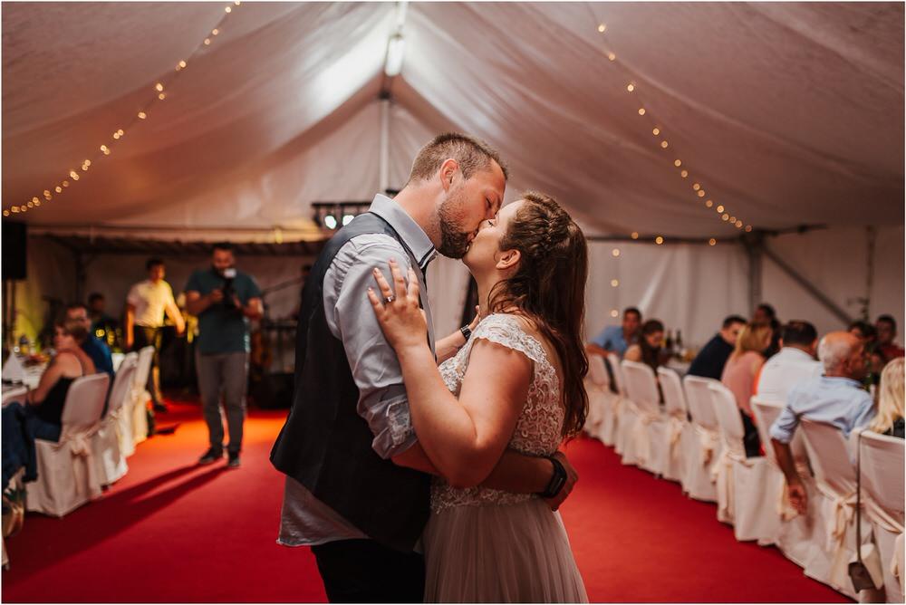 goriska brda poroka fotgorafija fotograf fotografiranje porocno kras primorska obala romanticna boho poroka rustikalna nika grega 0094.jpg