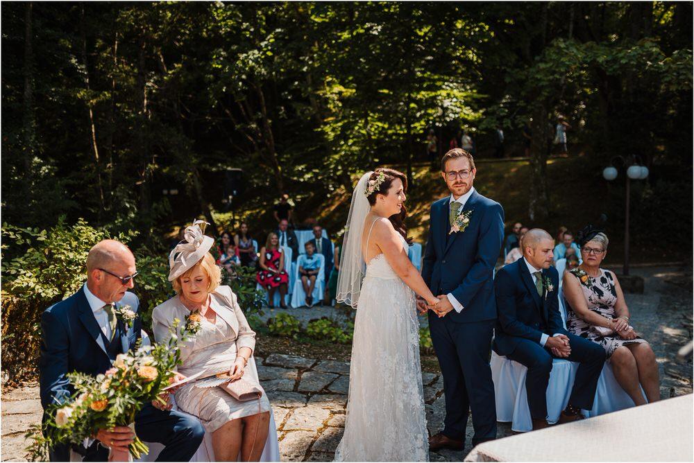 lake bled slovenia wedding vila bled sanjski sopek bled castle ceremony outdoor romantic wedding photographer photography natural candid bright 0053.jpg