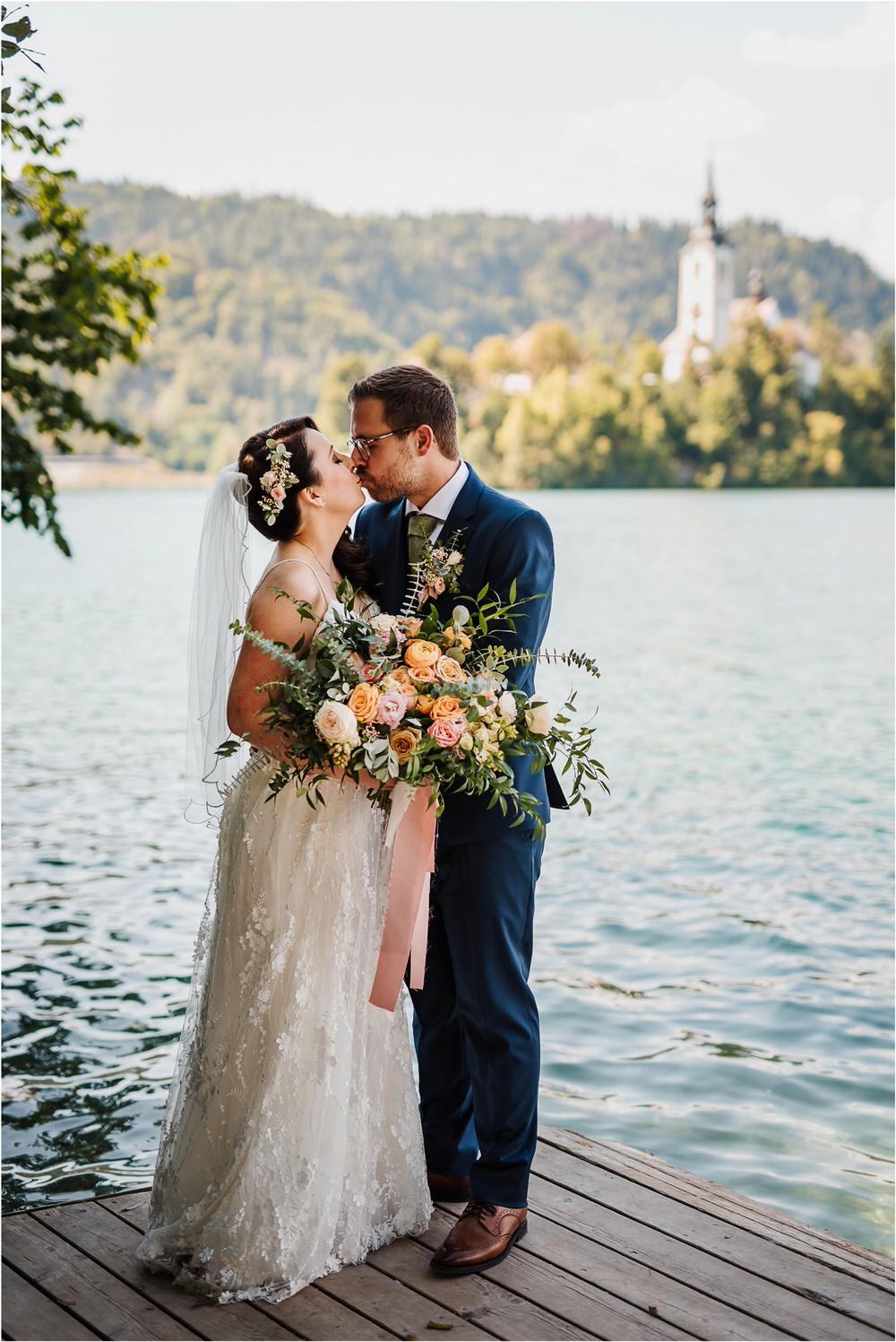 lake bled slovenia wedding vila bled sanjski sopek bled castle ceremony outdoor romantic wedding photographer photography natural candid bright 0073.jpg