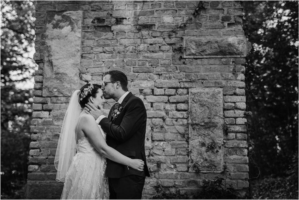 lake bled slovenia wedding vila bled sanjski sopek bled castle ceremony outdoor romantic wedding photographer photography natural candid bright 0114.jpg