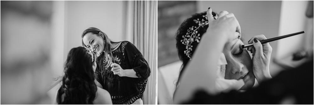 skedenj poroka porocni fotograf fotografiranje elegantna poroka rustikalna poroka pod kozolcem pcakes velesovo mdetail nika grega 0018.jpg