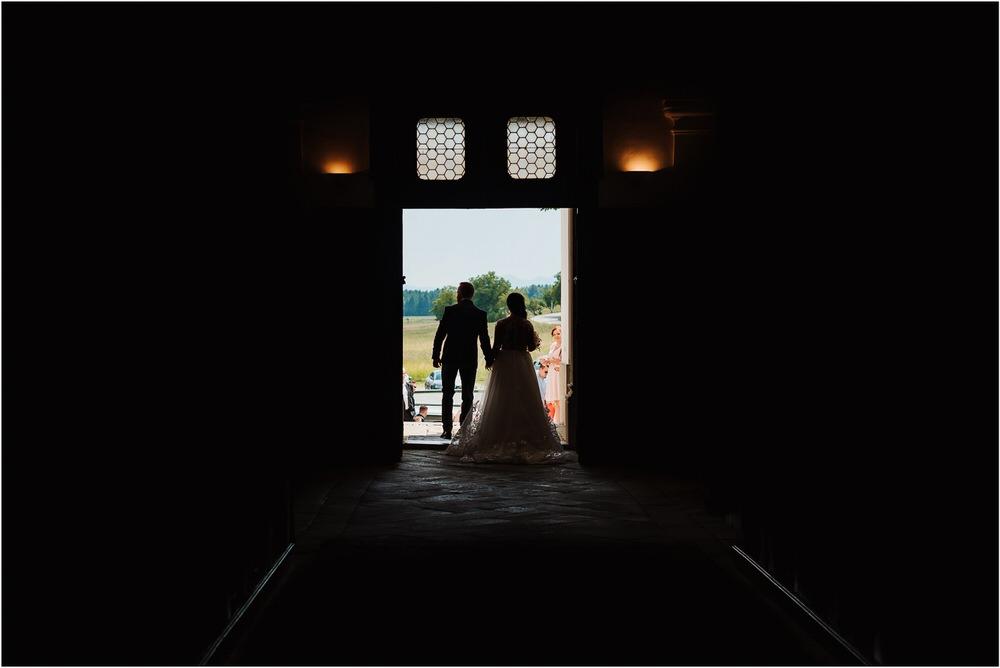 skedenj poroka porocni fotograf fotografiranje elegantna poroka rustikalna poroka pod kozolcem pcakes velesovo mdetail nika grega 0040.jpg