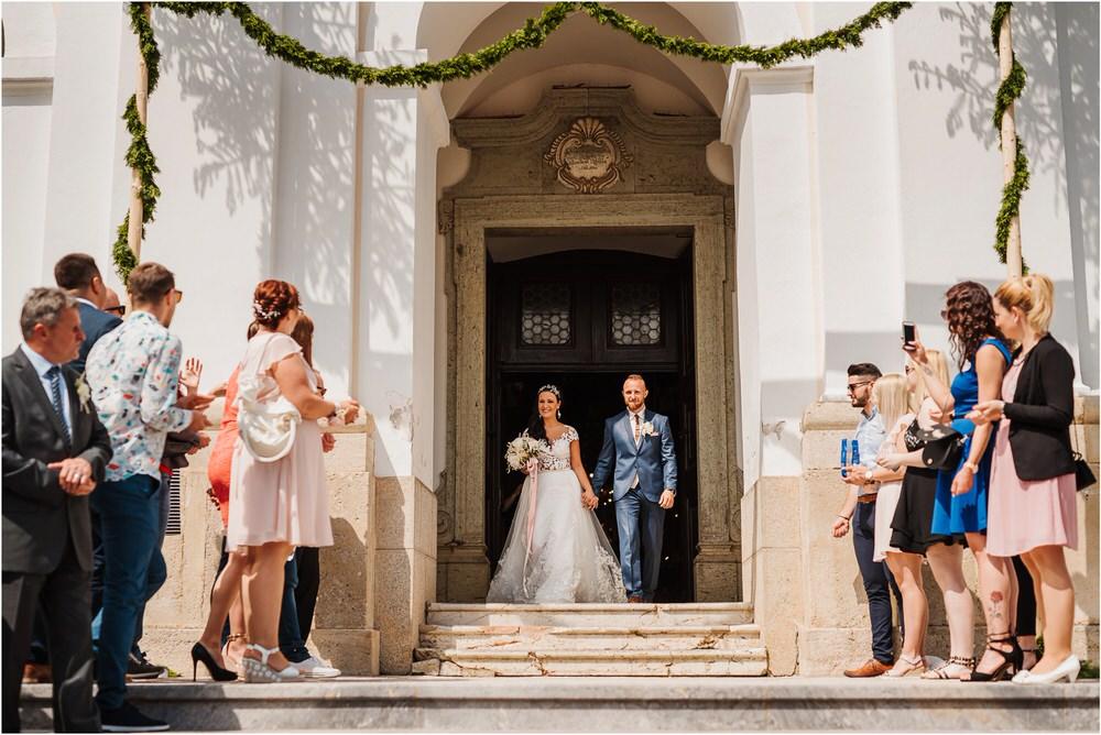 skedenj poroka porocni fotograf fotografiranje elegantna poroka rustikalna poroka pod kozolcem pcakes velesovo mdetail nika grega 0041.jpg