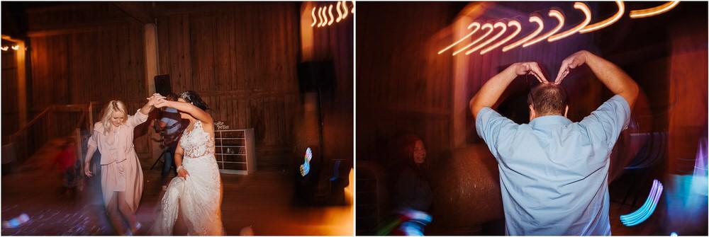 skedenj poroka porocni fotograf fotografiranje elegantna poroka rustikalna poroka pod kozolcem pcakes velesovo mdetail nika grega 0123.jpg
