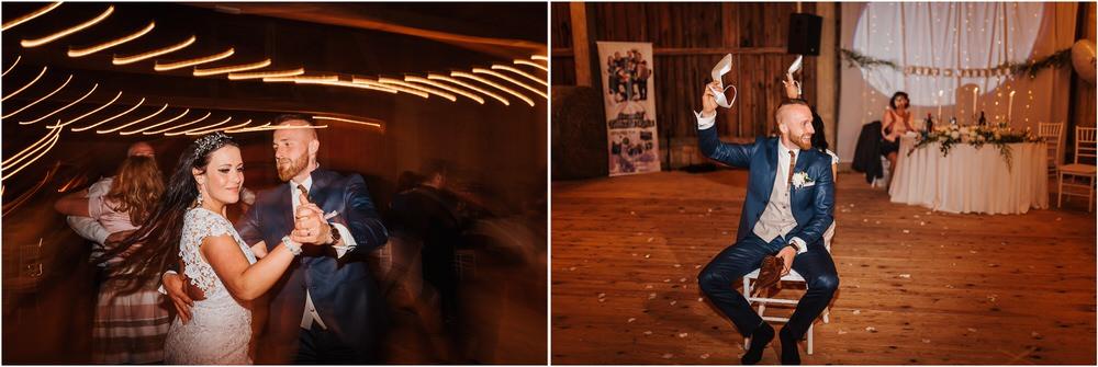 skedenj poroka porocni fotograf fotografiranje elegantna poroka rustikalna poroka pod kozolcem pcakes velesovo mdetail nika grega 0127.jpg