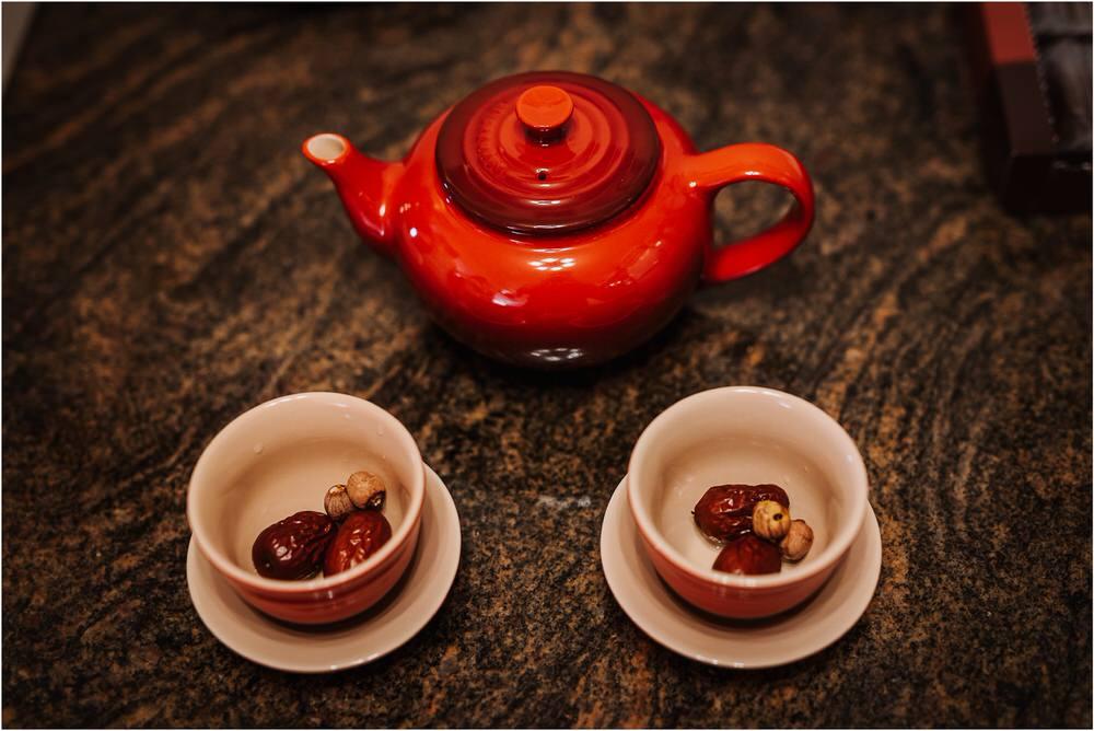 hong kong wedding photographer intercontinental kowloon chinese tea ceremony traditional wedding photography 0027.jpg