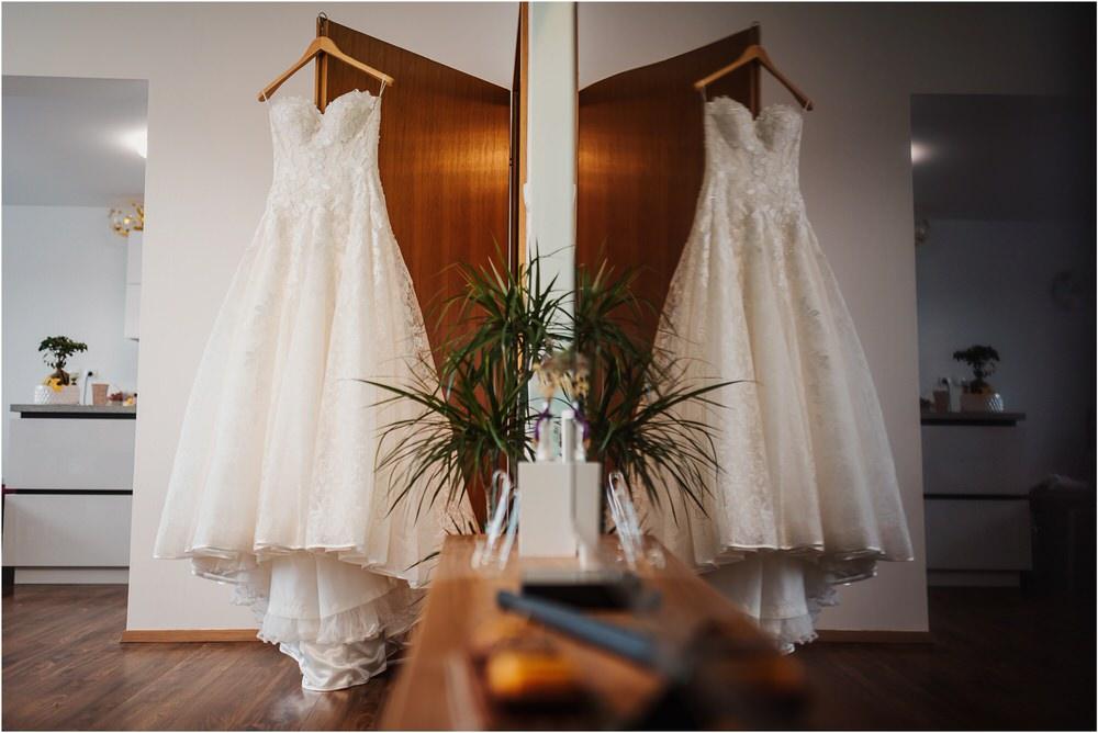 tri lučke poroka poročni fotograf fotografiranje intimna poroka zaroka krško posavje dolenjska novo mesto nika grega rustikalna romantična vintage wedding slovenia photography 0004.jpg