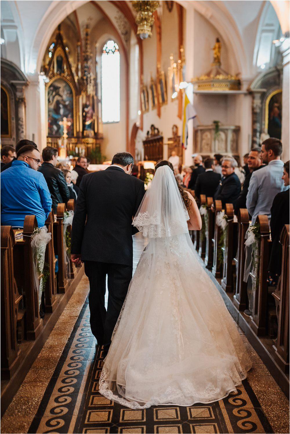 tri lučke poroka poročni fotograf fotografiranje intimna poroka zaroka krško posavje dolenjska novo mesto nika grega rustikalna romantična vintage wedding slovenia photography 0022.jpg