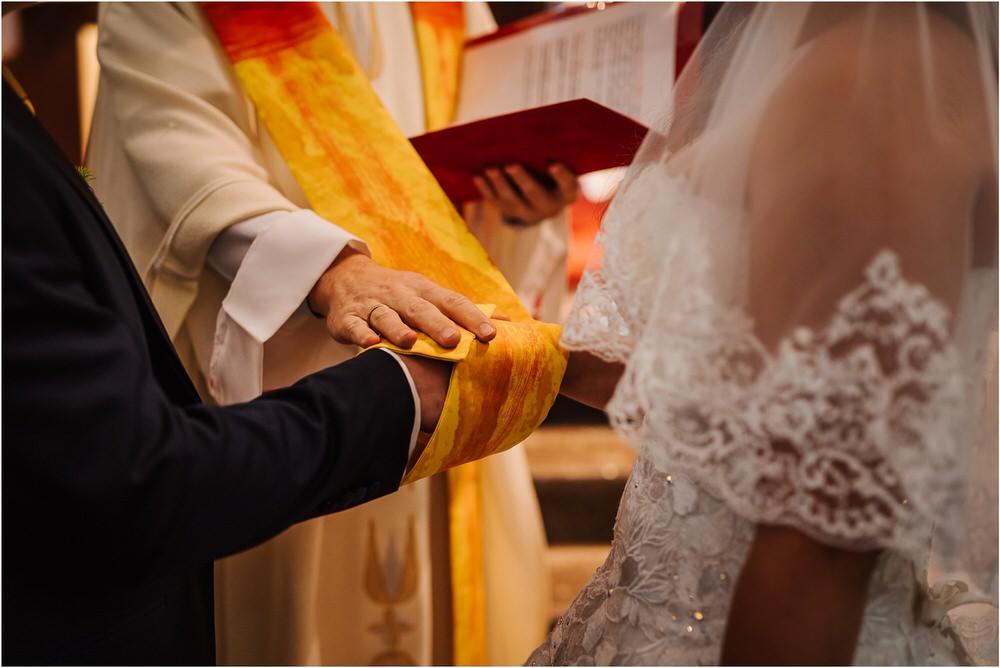 tri lučke poroka poročni fotograf fotografiranje intimna poroka zaroka krško posavje dolenjska novo mesto nika grega rustikalna romantična vintage wedding slovenia photography 0030.jpg