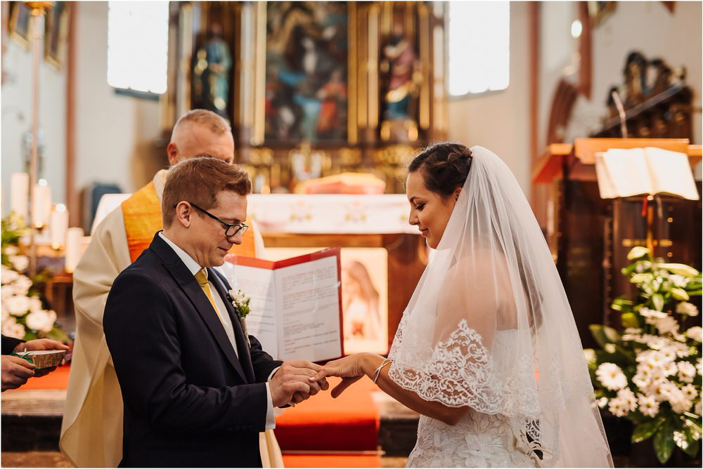 tri lučke poroka poročni fotograf fotografiranje intimna poroka zaroka krško posavje dolenjska novo mesto nika grega rustikalna romantična vintage wedding slovenia photography 0031.jpg