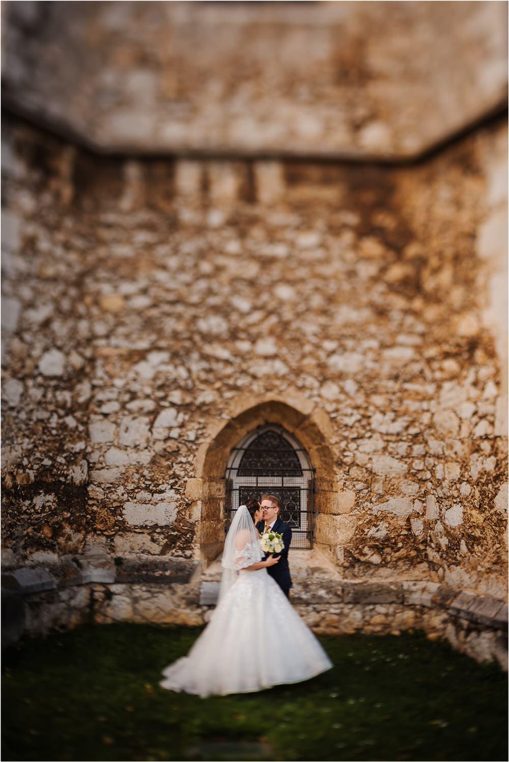 tri lučke poroka poročni fotograf fotografiranje intimna poroka zaroka krško posavje dolenjska novo mesto nika grega rustikalna romantična vintage wedding slovenia photography 0048.jpg