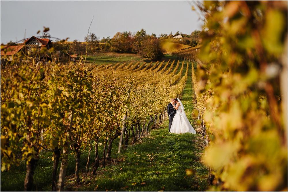 tri lučke poroka poročni fotograf fotografiranje intimna poroka zaroka krško posavje dolenjska novo mesto nika grega rustikalna romantična vintage wedding slovenia photography 0065.jpg