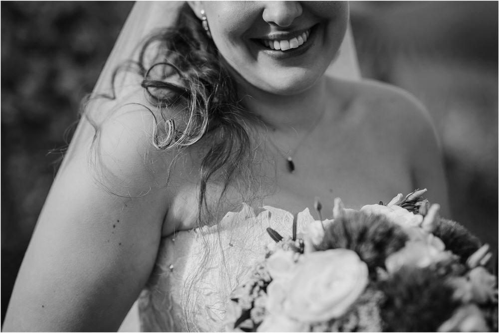 tri lučke poroka poročni fotograf fotografiranje intimna poroka zaroka krško posavje dolenjska novo mesto nika grega rustikalna romantična vintage wedding slovenia photography 0068.jpg