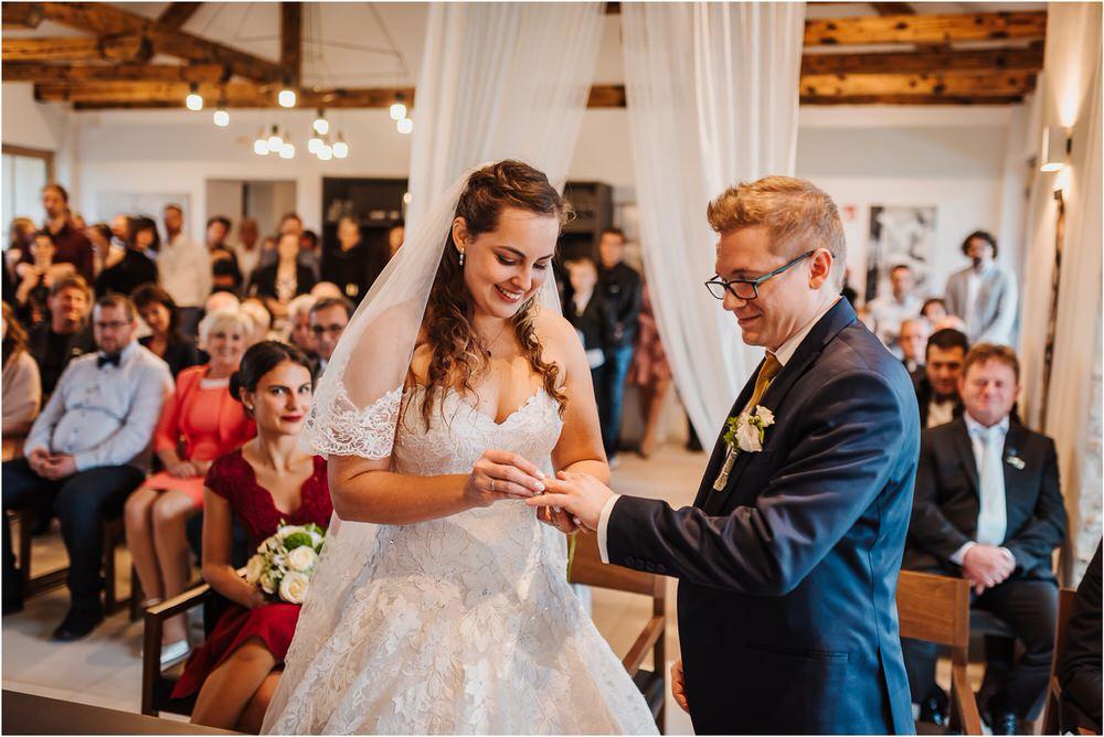 tri lučke poroka poročni fotograf fotografiranje intimna poroka zaroka krško posavje dolenjska novo mesto nika grega rustikalna romantična vintage wedding slovenia photography 0083.jpg