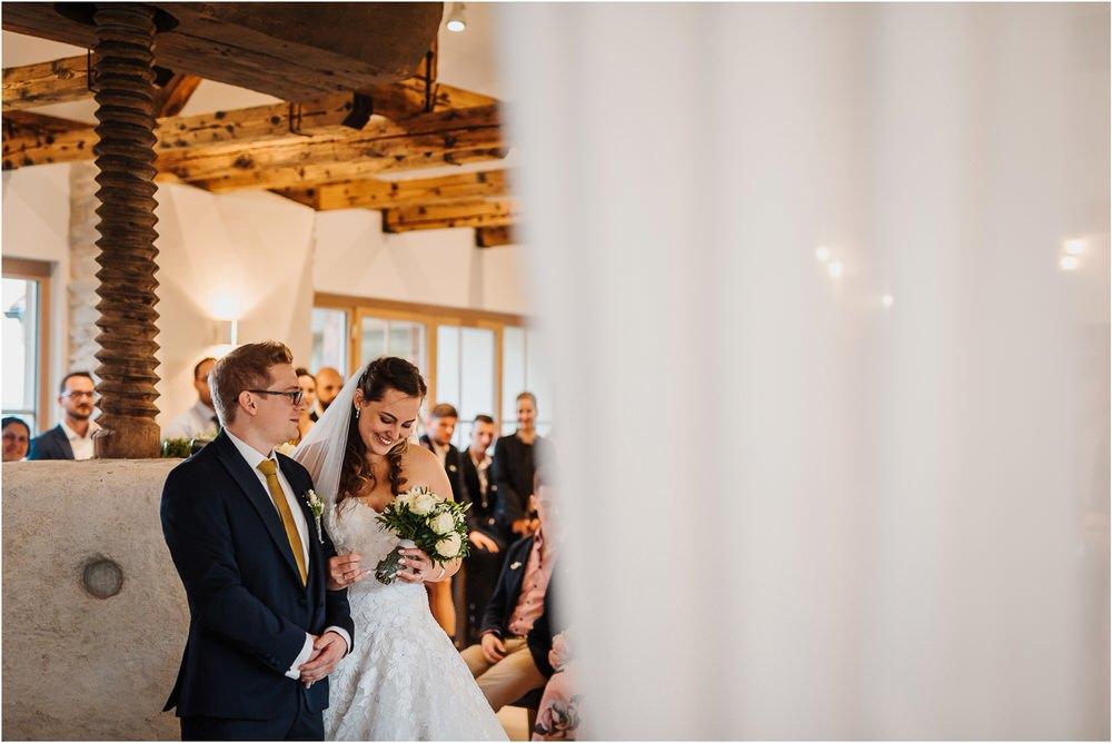 tri lučke poroka poročni fotograf fotografiranje intimna poroka zaroka krško posavje dolenjska novo mesto nika grega rustikalna romantična vintage wedding slovenia photography 0086.jpg