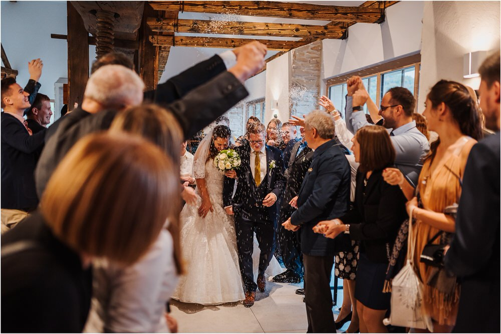 tri lučke poroka poročni fotograf fotografiranje intimna poroka zaroka krško posavje dolenjska novo mesto nika grega rustikalna romantična vintage wedding slovenia photography 0087.jpg