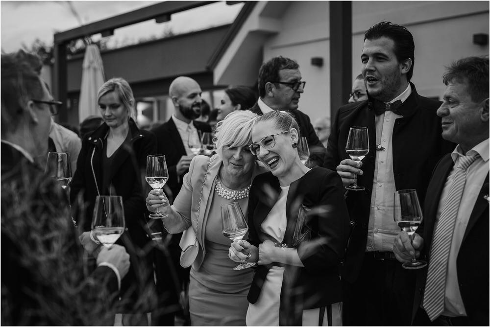 tri lučke poroka poročni fotograf fotografiranje intimna poroka zaroka krško posavje dolenjska novo mesto nika grega rustikalna romantična vintage wedding slovenia photography 0088.jpg