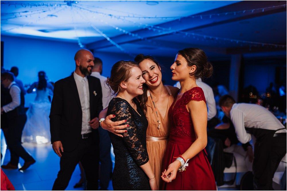tri lučke poroka poročni fotograf fotografiranje intimna poroka zaroka krško posavje dolenjska novo mesto nika grega rustikalna romantična vintage wedding slovenia photography 0097.jpg